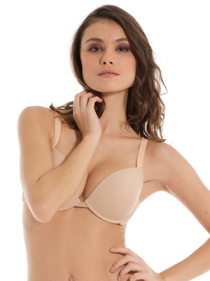 Soutien-gorge push-up, moulé