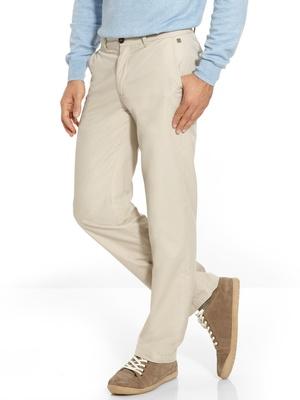 Pantalon chino, stature de 1,77m à 1,85m