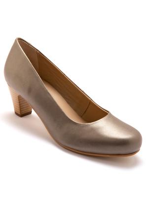 Escarpins en cuir largeur confort