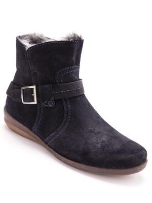 Boots cuir velours à semelle amovible.