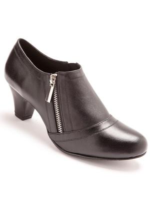 Boots zippées en cuir