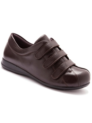 Derbies ultra large, pieds sensibles