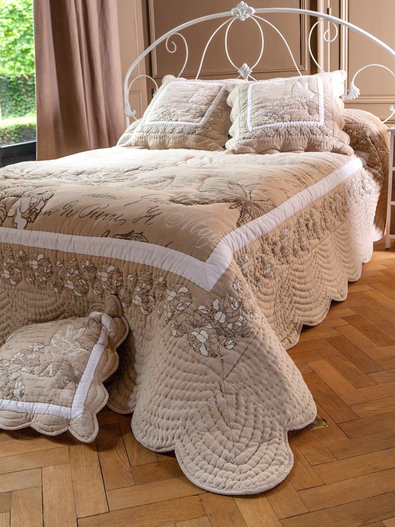 jet de lit boutis h lo se 150x150cm daxon. Black Bedroom Furniture Sets. Home Design Ideas