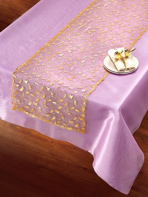 Chemin de table, organza doré