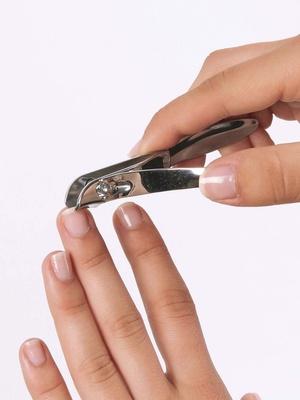 Coupe-ongles à lame latérale